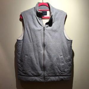 Zip Up Outdoor Vest. Great condition!